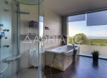 bathroom-with-shower-and-the-tub.jpg.800x600_q85