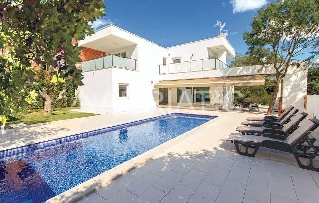 Kuća-Fažana