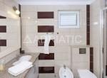 eines-der-badezimmer.jpg.800x600_q85