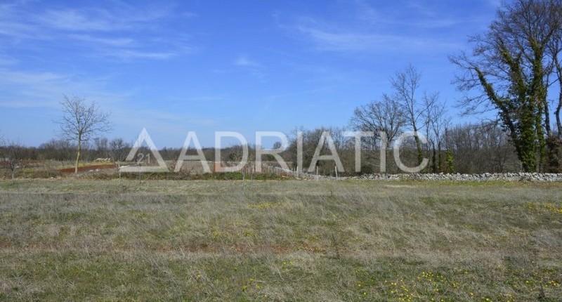 Građevinsko zemljište u Savičenti